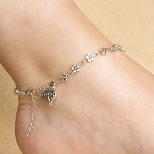 Heart and Daisy Anklet